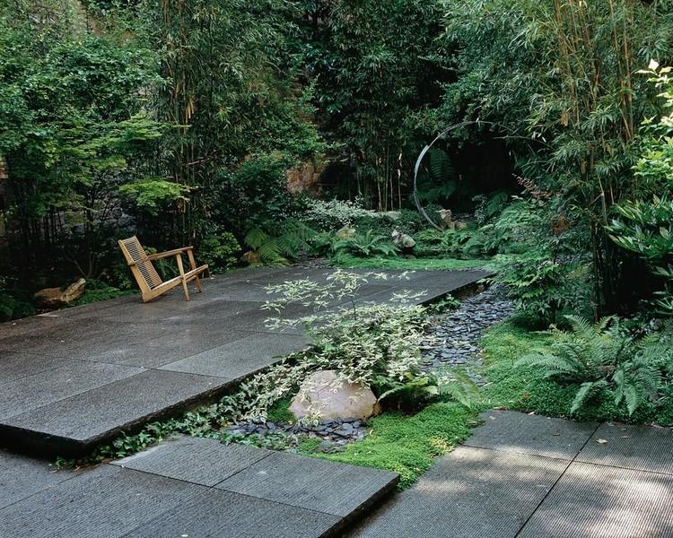 Paysagiste jardins contemporains jardin m diterran en for Site de paysagiste